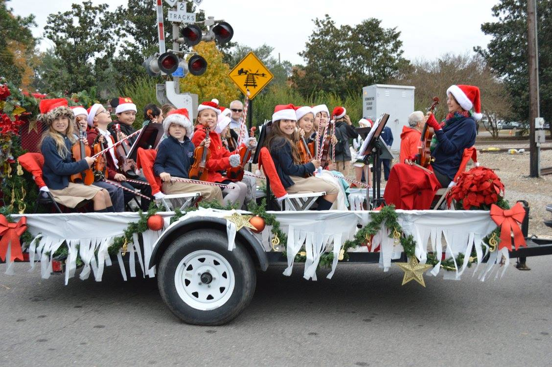 Southern Pines Christmas Parade 2019 SPBA Photo Gallery